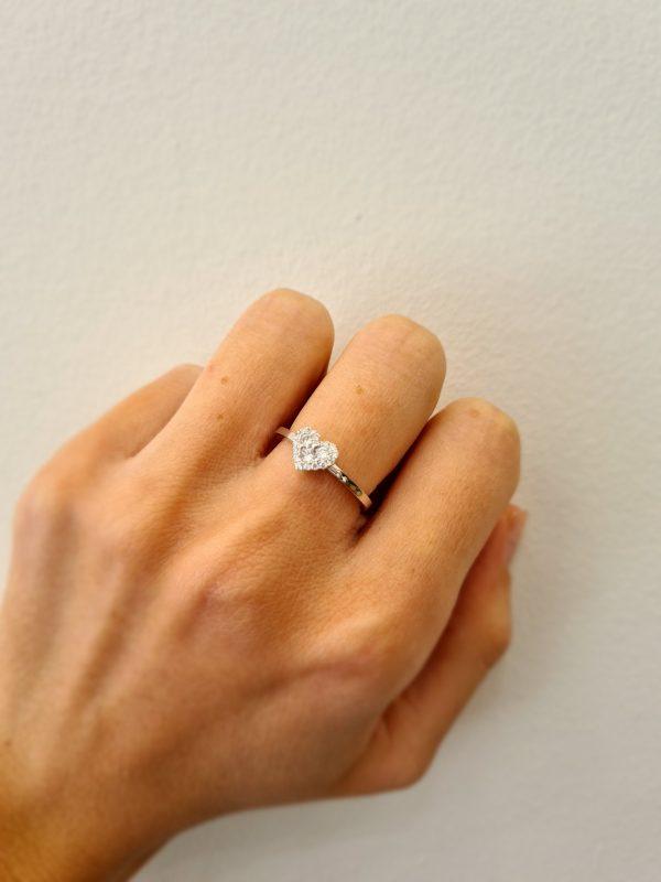 תכשיטי בר דור - טבעת 18 קראט יהלומים