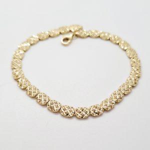 צמיד זהב חוליות מרובעות