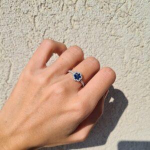 טבעת יהלומים וספירים 18 קראט