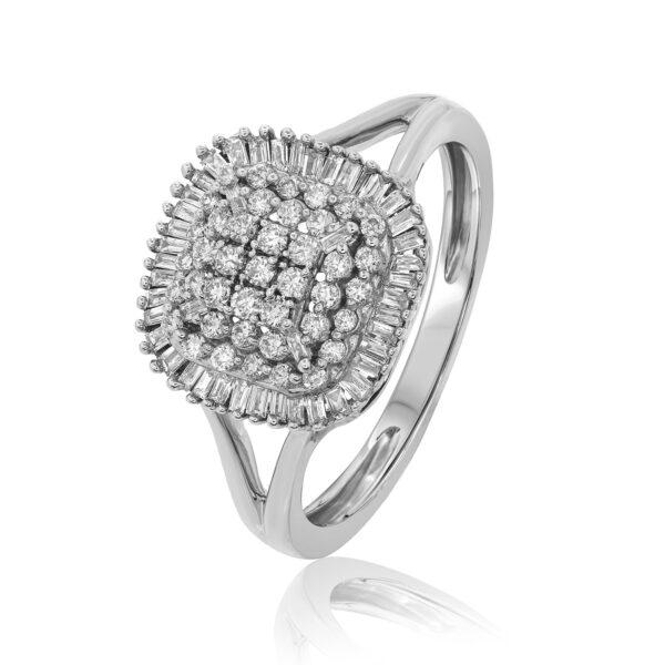 טבעת יהלומים עגולים ויהלומי בגט