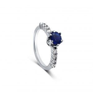טבעת אבן ספיר ויהלומים